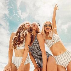 15 Spring Break Trip Ideas For A Girls Trip - - - Here is our list of spring break trip ideas perfect for a girls trip. Escape the madness of spring break and spend sometime with your gals! Beach Pink, Summer Beach, Beach Day, Summer Vibes, Girls In Beach, Couple Beach, Beach Dinner, Enjoy Summer, Summer Fun