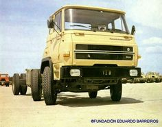 Barreiros 2626, doble dirección Bus Coach, Turbo S, Diesel Locomotive, Classic Trucks, Transportation, Vans, World, Antique Cars, Trains