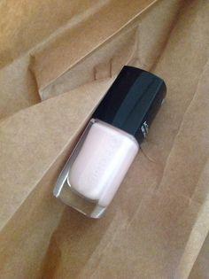 Filines Testblog: Ich hab die Nägel schön mit Artdeco Nr. 623