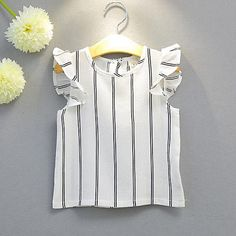 Conjunto de Ropa Chica Rayas Algodón Poliéster Sin Mangas Verano Rayas Blanco 2018 - R$49.76 Kids Dress Wear, Dresses Kids Girl, Toddler Outfits, Kids Outfits, Kids Dress Collection, Baby Girl Boutique, Myanmar Traditional Dress, Baby Dress Design, Handmade Baby Clothes