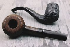 For the last days of summer weve got fresh pipes from Martelo Benni Jorgensen and Tom Eltang. http://smokingpip.es/2cM4I3U