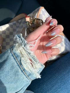 Glamorous Nail Designs Ideas That You Must Love - Nail Art Ideas 2020 (Latest Nail Polish And Manicure Ideas Images Collection Almond Acrylic Nails, Best Acrylic Nails, Almond Nails, Acrylic Nail Designs, Dream Nails, Love Nails, Stylish Nails, Trendy Nails, Bride Nails