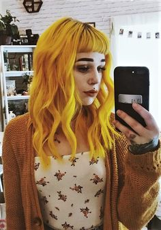 Looking to give your hair an edge? Then check out these 35 edgy hair color ideas Looking to give your hair an edge? Then check out these 35 edgy hair color ideas… Dye My Hair, Your Hair, Yellow Hair Dye, Hair Colorful, Little Girl Hairdos, Pelo Multicolor, Corte Y Color, Natural Hair Styles, Hair Colors