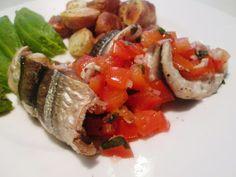 En verden af smag!: Fyldt Hornfisk med Tomater og Krydderurter