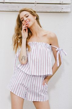 8778a35f31aa 8DESS Bow Stripe Elegant Off Shoulder Two Piece Suit Two Piece Rompers