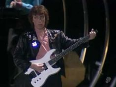 The Rolling Stones - Paint It Black (Live) Rock Videos, Mtv Videos, Music Videos, Classic Rock And Roll, Rock N Roll, Rolling Stones Videos, Bill Wyman, Music Heals, Musicals