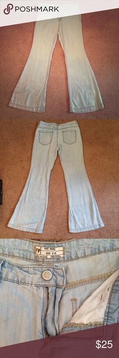 Free People flared jeans - Beryl Gorgeous Free People Jeans made of ultra-light and natural tencel. Slight distressing on front left hip. Otherwise like new. Perfect for the festival-bound bohemian! Size is 30/10. Free People Jeans Flare & Wide Leg