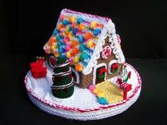 Crochet Gingerbread House. Would love to have this pattern.