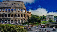 Roma es una ciudad donde el patrimonio y el turismo, alcanzan grandes dimensiones., está marcada por su destino como lugar de viajeros y peregrinos. El gran patrimonio, ha sido el factor importante en el desarrollo del turismo y este ha generado importante fuente de riqueza y recursos para poder conservarlo      ¡Oh grande, oh poderosa, oh sacrosanta, alma ciudad de Roma! A ti me inclino, devoto, humilde y nuevo peregrino, a quien admira ver belleza tanta. Tu vista, que a tu fama se…