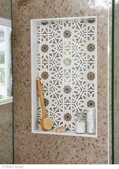 Villa D'Oro Granada - Trio Ceramica - Sydney Tile Shop Bathroom Niche, Shower Niche, Lake Bathroom, Bathroom Ideas, Bathrooms, Moroccan Kitchen, Moroccan Bathroom, Modern Moroccan, Mosaic Cafe