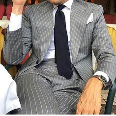 Terno Masculino Slim Fit Suits Men 2018 New Design Grey Stripe Peaked Lapel Tuxedo Wedding Dress Suit Coat Pant Mens Fashion Suits, Mens Suits, Terno Slim, Suit Combinations, Style Urban, Herren Outfit, Suit And Tie, Well Dressed Men, Gentleman Style