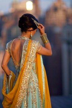 Beautiful Diwali Dresses For Girls / Women | Anamika Mishra