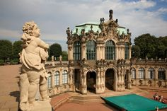 Zwinger Palace – a baroque gem from the time of Augustus the Strong. | Tourism in Germany – travel, breaks, holidays