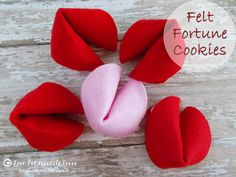 Felt Fortune Cookies ...these would be so fun for Valentines Day!