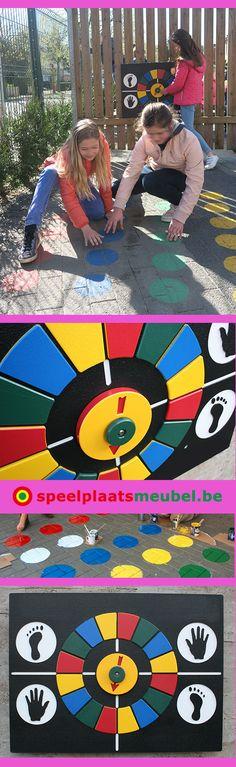 Twisterpaneel uit weerbestendig kunststof om permanent op een muur/wand te bevestigen op de speelplaats. Bollen op de verharding van het schoolplein schilderen met duurzame wegenverf.