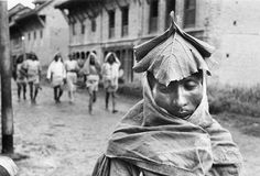 Marc Riboud  Untitled / Nepal, 1956  Gelatin silver print
