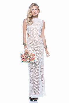 Vestido Baiana branco, bracelete entre folhas e clutch embroidered. #verão2015 #summer #fashion #style #lookbook #dress #vestidorenda #baiana #nordeste #brasil #brasileiríssima #clutchembroidered #bordadolinha #braceleteentrefolhas #lavibh
