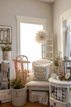 Wood Design, Magnolia, Shabby Chic, Christmas Decorations, Farmhouse, House Design, Ideas, Home, Magnolias
