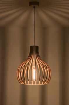 The Lights Company 100 houten hanglamp, Stair Lighting, Cool Lighting, Lighting Design, Wood Pendant Light, Pendant Lighting, Lampe Art Deco, Light Fittings, Light Fixtures, Ikea Lamp