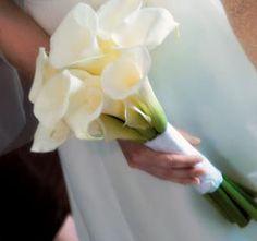 Bouquet Bridal: White Calla Lily Bouquets