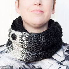 Crochet Pattern - Cozy Nook Infinity Cowl (scarf) Crochet cowl pattern - infinity cowl pattern - crochet infinity scarf pattern - over sized cowl - ombré cowl  - colour block cowl - color block cowl - light weight cowl - winter crochet - chunky crochet scarf