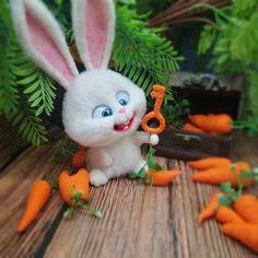 needle felted rabbit with carrots Cute Bunny Cartoon, Cartoon Pics, Cute Disney Wallpaper, Cartoon Wallpaper, Cartoon Caracters, Rabbit Wallpaper, Floral Wallpaper Iphone, Pets Movie, Disney Icons