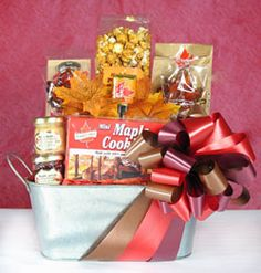 Try some fun and flavorful Canadian product. Great as a gift for a New Canadian! Canadian Gifts, Maple Cookies, Chocolate Covered Almonds, Boodles, Gifts Delivered, Xmas Food, Care Packages, Wedding Boxes, Leaf Shapes