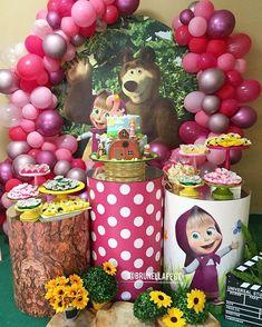 No photo description available. Baby Birthday Cakes, Bear Birthday, Girl Birthday, Birthday Party Decorations, Party Themes, Marsha And The Bear, Bear Party, Girl Cakes, Bear Theme
