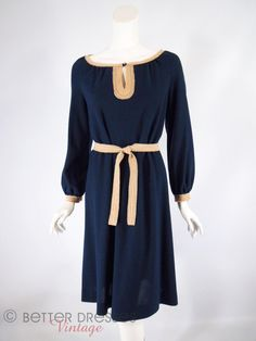 70s Navy and Taupe Belted Long Sleeve Shift Dress - medium by BeeDeeVintage