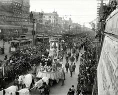 MARDI GRAS: Pageants, parades and festivals were highly anticipated entertainment. Of course, the most festive of all is the Mardi Gras in New Orleans. New Orleans History, New Orleans Art, New Orleans Mardi Gras, New Orleans Louisiana, Louisiana Gumbo, Old Photos, Vintage Photos, Vintage Photographs, Shorpy Historical Photos