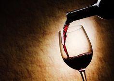 Prevención del cáncer; el vino tinto nos puede ayudar Según los investigadores de la  Universidad de Leicester (Reino Unido), el vino tinto que muchos de nosotros consumimos a diario contiene resveratrol, un componente químico el cual se ha comprobado ayuda a prevenir el cáncer.
