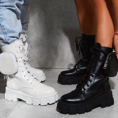 Fashion Boots, Sneakers Fashion, Mocassins, Chunky Boots, Martin Boots, Platform Boots, Short Boots, Blue Shoes, Leather Boots