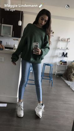 Online Shopping for Electronics, Apparel, Computers, Books, DVDs & Maggie Lindemann, Foto Mirror, Long Brunette Hair, Winter Outfits, Cool Outfits, Girl Fashion, Fashion Outfits, Light Blue Jeans, Skinny