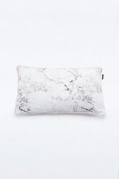 """Cushion """"Romeo"""""""