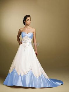 Wedding Dress In Color Different Coloured Wedding Dresses 1000