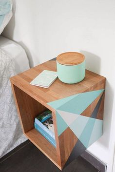 33 Simply Brilliant Cheap DIY Nightstand Ideas and inspiration for making your o… - DIY Möbel Furniture Makeover, Home Furniture, Furniture Design, Furniture Ideas, Furniture Stores, Luxury Furniture, Trendy Furniture, Furniture Websites, Inexpensive Furniture