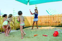 I tuoi bambini potranno giocare sulla nostra #spiaggia privata, in tutta sicurezza. Your children will be able to play under the #sun, completely safe :)