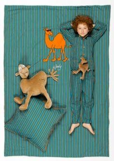 Woody - Dekbed Katoen Kameel Een dekbed gedecoreerd met een kameel. Afmetingen: 140x200 Uit de nieuwe Woody zomercollectie 2013! De collectie straalt naar goede gewoonte fun en plezier uit! Prijs: 69,90 euro