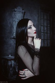 Addams Family Values - Morticia Addams by on DeviantArt Dark Beauty, Goth Beauty, Scary Makeup, Goth Makeup, Gothic Girls, Dark Fashion, Gothic Fashion, Morticia Addams Makeup, Morticia Adams