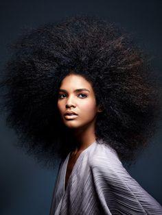 big hair, i don't care natural hair женщина Pelo Natural, Natural Curls, Natural Hair Care, Natural Hair Styles, Black Power, Twisted Hair, Big Hair Dont Care, Natural Hair Inspiration, Afro Hairstyles