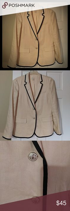 JCrew Linen Jacket Size 10 Cream w/ Black This has been sitting in my closet not getting worn. Excellent Used Condition. All buttons are still on. Jacket is lined. Even though linen does not wrinkle easily. Beautiful jacket wearable year round. J. Crew Jackets & Coats Blazers