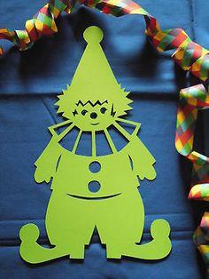 Fensterbild Tonkarton Karneval Clown Harlekin grün Fasching 34cm Deko filigran 2