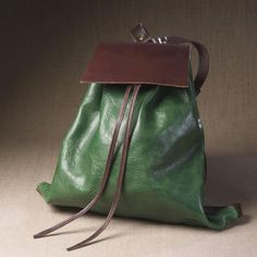 Mochila Churreta www.puntera.com/ #bolsos #artesanía #cuero #piel #madrid #handmade #leather #backpack