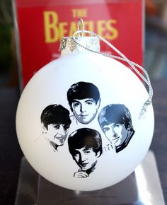 THE BEATLES Christmas Tree Ornament Handcrafted White Glass Ball Apple Corps LTD