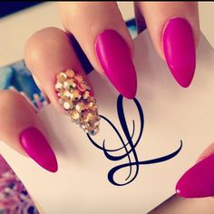 crystal detail on stiletto nails