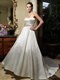 Casablanca Couture B018 :: sleek modern wedding