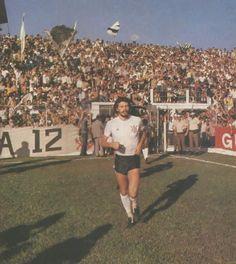 1981: Sócrates, Corinthians