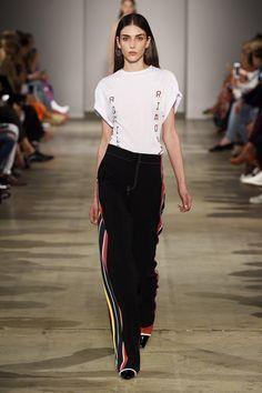 Модные брюки Aquilano.Rimondi весна-лето с лампасами