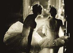 Ballet inspired fashion (27 photos)