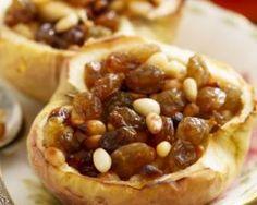 Pommes au four farcies aux raisins secs et épices